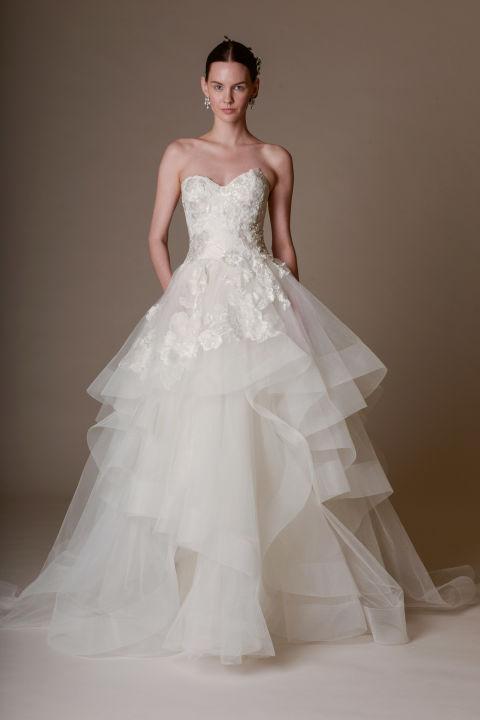 3D-Floral-Wedding-Gown-Marchesa-Spring-2016