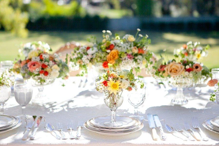 romantic-spring-garden-wedding-flowers-reception-centerpieces-2.original