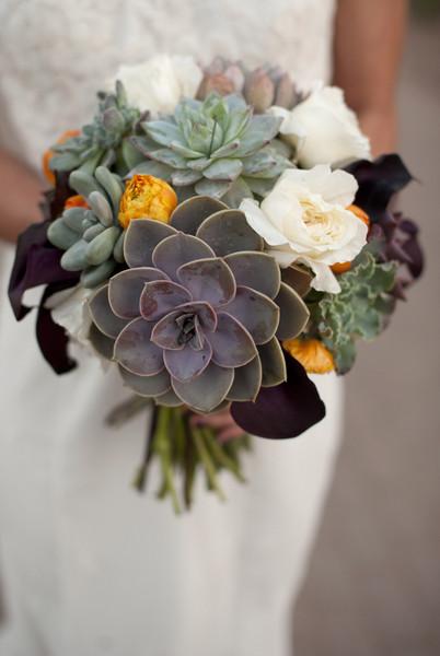 600x600_1389121471156-succulent-bouquets-